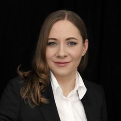 Dr. Anne Rozinat